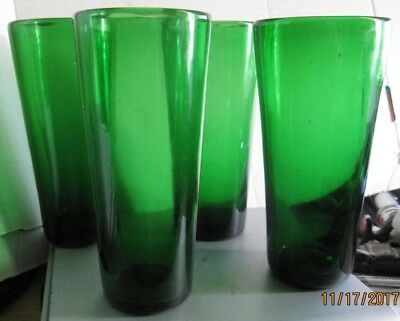 Vintage Set of 4 Emerald Green art blown drinking glasses w pontils b24