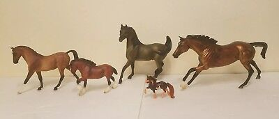 Awesome  Lot of 5 Mixed  Breyer Horses
