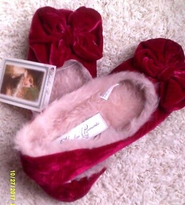Women's Red Velvet Faux-Fur Lined Slippers Size 9 ~Victorian Trading Co.~ Nwt