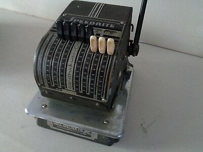 Vintage Speedrite Check Writer by Hall-Welter Co., Inc. (Cat.#2B004)