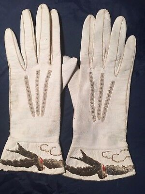 White Leathers Embroidered Ladies Gloves