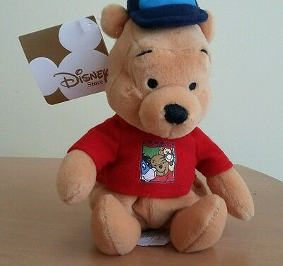 DISNEY WINNIE THE POOH LONDON POOH BEANIE plush collectable -  With tags