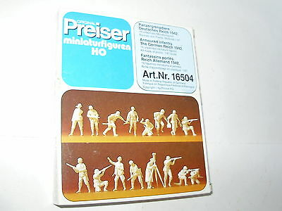 Preiser 16504 WWII German Infantry. 16 fig.HO. Boxed. Unpainted. New old stock.