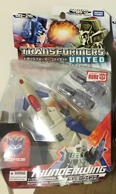 Takara Tomy Transformers United UN-26 Deluxe Class Thunderwing