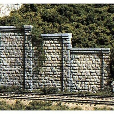 Woodland Scenics C1159 N-Scale Retaining Walls, Cut Stone (6) White Plaster Cast