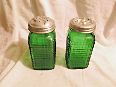 Antique Green Depression Glass Salt & Pepper Shakers Checkered Pattern 3-Sides