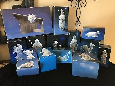 AVON Nativity ~ lot of 14 ~ 1980's ~standing angel, the Stable, holy family MIB