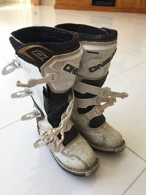 Dirt Bike Boots - Oneal White Size 7 (small Adult / kids)