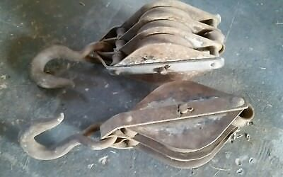 Antique Block And Tackle Pulley Two wheel Hook Farm House Barn Hay Nautical