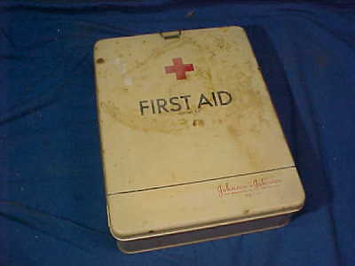 1930s JOHNSON + JOHNSON Metal 1st AID KIT with CONTENTS