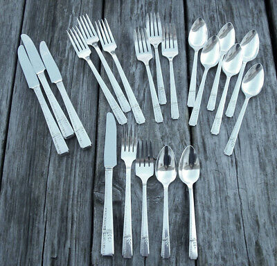 20 Pc Oneida Heirloom Prestige GRENOBLE SET Service for 4 Silverplate Flatware