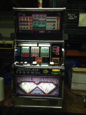 IGT S2000 Double Diamond 3 Line SLOT MACHINE