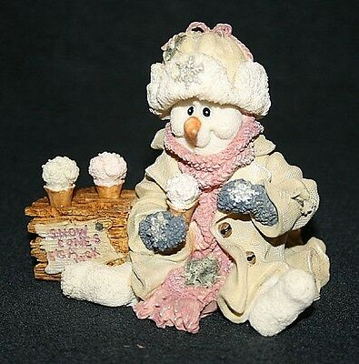 Boyds Bears Wee Folkstone Collection, Slurp and the Snowcone Stand, # 36500 1997