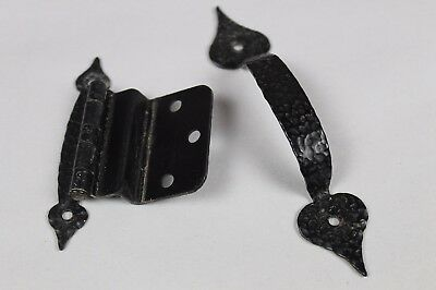 Lot of 29 Black Spade Vintage Colonial Hammered Wrought Iron Drawer Pulls Hinges