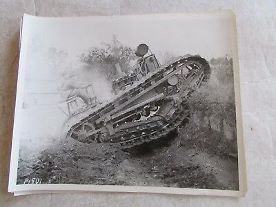 1920's HOLT CRAWLER in Road Trench BLACK & WHITE PHOTOGRAPH #19 Caterpillar