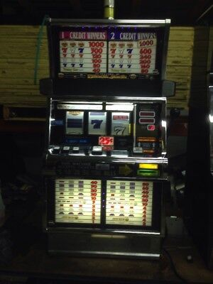 IGT Double Black Jack SLOT MACHINE