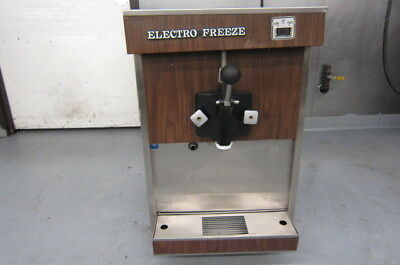 Electro Freeze Soft Serve 110 Vt Model 22 Counter Top Works Well!
