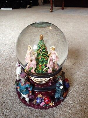 Christmas Nutcracker Suite Waterglobe SAN Francisco Music Box Company - Rotating
