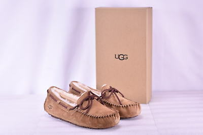 Women's Ugg  5612W/CHE Dakota Slippers Chestnut