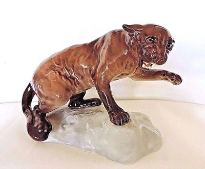 Beswick Porcelain Mountain Lion/Puma on Rock Rare Retired Perfect Condition