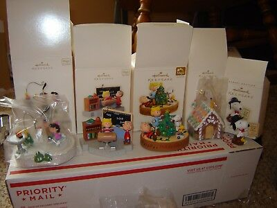 HALLMARK CHRISTMAS KEEPSAKE ORNAMENTS large lot of SNOOPY PEANUTS MAGIC MIB NOS