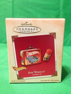 2003 Hot Wheels Lunchbox Set Hallmark Keepsake Ornament QXI8427 - New in Box