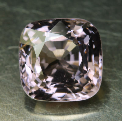 SPINELL        2,95 ct