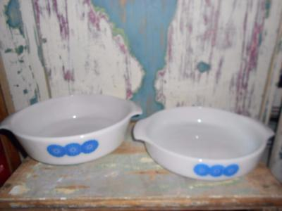 """X 2 VINTAGE RETRO Anchor Hocking FIRE KING U.S.A  9 & 10"""" BAKING DISHES"""