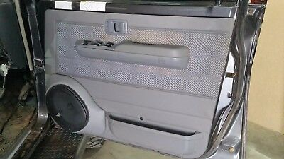 70/75/76/78/79 Series Landcruiser Single Cab 6x9 Door Speaker Pods