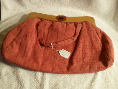Vintage 1940-50's RED TEXTURED ROSE COTTON BAG W/ WOOD HANDLE Hiawatha Tailored