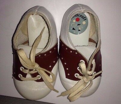 Vintage from 1960's White Washable Leather Childcraft Baby Shoes
