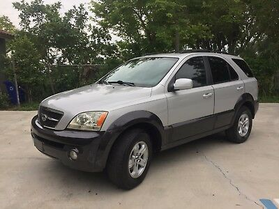 2005 Kia Sorento EX Edition - 4 Door Luxury Sport Utility Vehicle 100% Money Back Guarantee - 61k Original Miles - Perfect Carfax - 100% FL Owned
