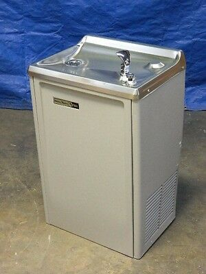 Halsey Taylor Wall Mount Water Cooler Drinking Fountain 13.5 GPH 120v 7.5 Amp
