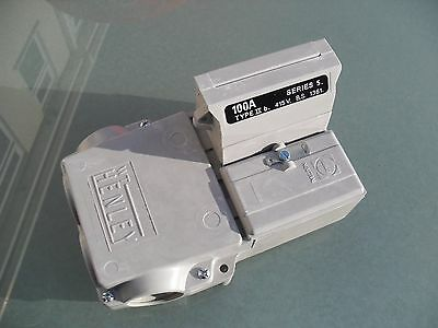 New WT Henley Series 5, single pole & neutral house service cutout + 100A fuse.