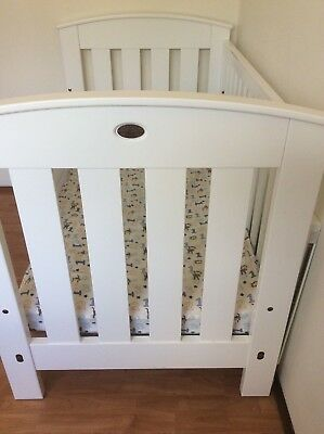 Boori Country Cot, bassinet mode, mattress included