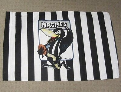 VINTAGE 70's VFL COLLINGWOOD MAGPIES FOOTBALL CLUB CARICATURE FLAG AFL PIES GO