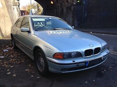 bmw 528i auto silver/blue 2.8 petrol e39 2002 breaking for spares- wheel nut