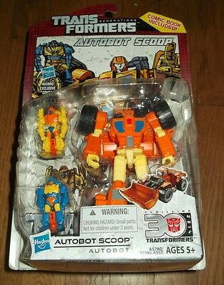 Hasbro TRANSFORMERS SCOOP Autobot Generations IDW