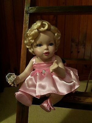 Franklin Mint Marilyn Monroe - Porcelain Portrait Baby Doll