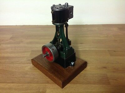 Stuart 10V vertical steam engine