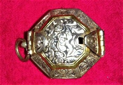 Exceptional Silver/gold Colored Betel,lime,tobacco Container,sumatra.chinese?