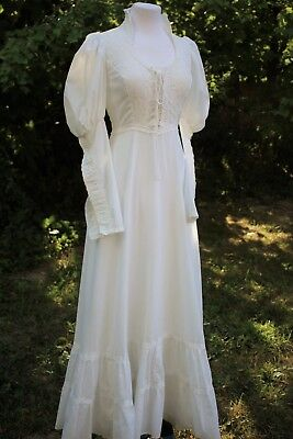 "'70s GUNNE SAX White Victorian Corset Style. LS Bridal Gown . SIZE 34""-35"