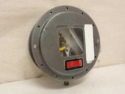 165043 Old-Stock, Mercoid DAW-33-153-3A Pressure Switch, 120/240V, 10A, SPDT