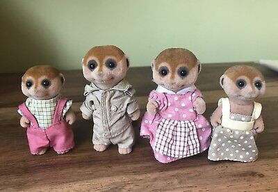Sylvanian Families -  SPOTTER MEERKAT  FAMILY FIGURES x 4 - Clothed in GC