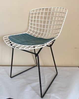 Rare 2 tone Harry Bertoia for Knoll Wire Child's/Youth Chair, orig. Cushion