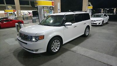 2011 Ford Flex SEL 2011 ford flex SEL - one owner - 7 passanger - third row seating - great shape!