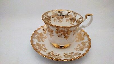 Royal Albert Cup & Saucer Set With Gold Flowers & Foliage Decor