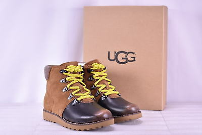 82f91676d40 UGG BOYS SNOW Boots Size 1 Waterproof Blue Gray Lidvig *NEW ...