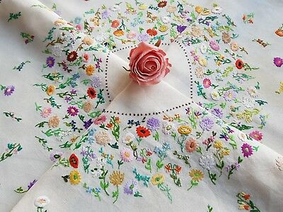 Exquisite Vintage Hand Embroidered Tablecloth with Daisies