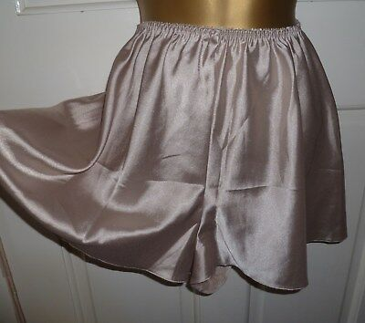 Vintage Champagne Slithery Liquid Satin Shorts French Knickers Size 14-16